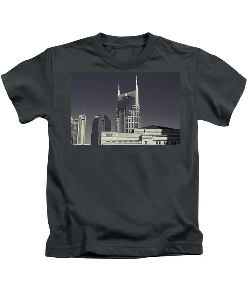 Nashville Tennessee Batman Building Kids T-Shirt by Dan Sproul