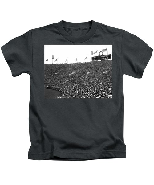 Notre Dame-usc Scoreboard Kids T-Shirt by Underwood Archives