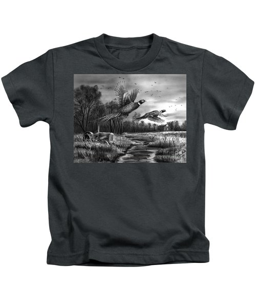 Taking Flight  Kids T-Shirt by Peter Piatt