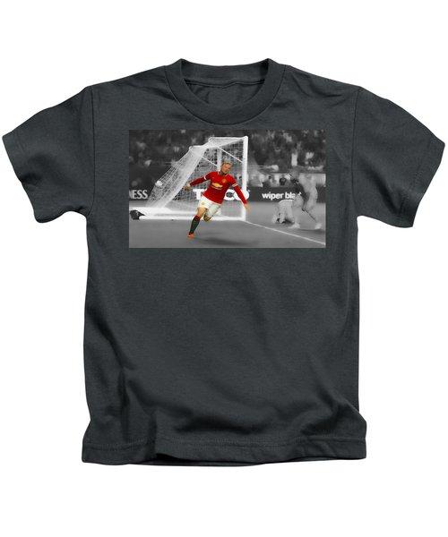 Wayne Rooney Scores Again Kids T-Shirt by Brian Reaves