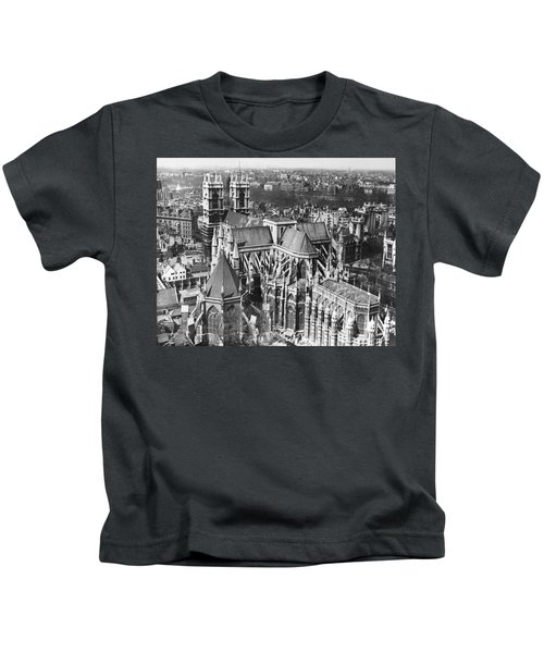 Westminster Abbey In London Kids T-Shirt by Underwood Archives