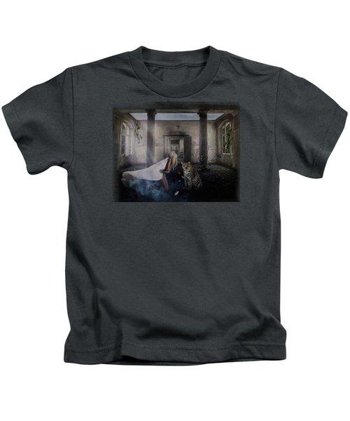 Bluebonnet Hall Kids T-Shirt by Terry Fleckney