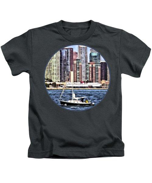 Chicago Il - Sailing On Lake Michigan Kids T-Shirt by Susan Savad