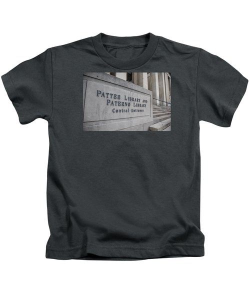 Paterno Library At Penn State  Kids T-Shirt by John McGraw