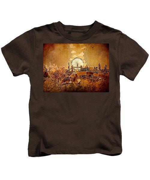 London Skyline Old Vintage  Kids T-Shirt by Bekim Art
