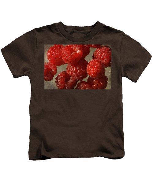 Red Raspberries Kids T-Shirt by Cindi Ressler
