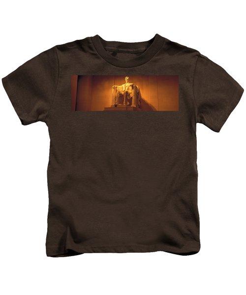 Usa, Washington Dc, Lincoln Memorial Kids T-Shirt by Panoramic Images