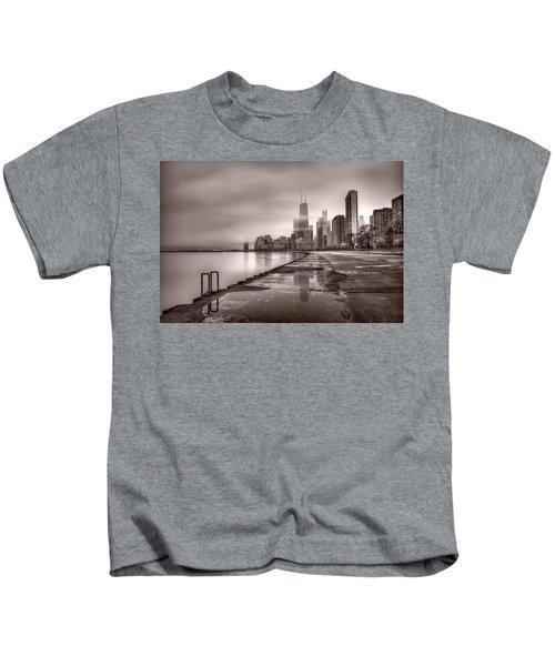 Chicago Foggy Lakefront Bw Kids T-Shirt by Steve Gadomski