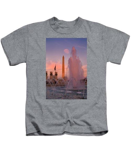 Dc Sunset Kids T-Shirt by Betsy Knapp
