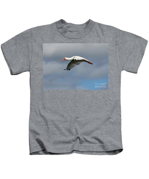 Ibis In Flight Kids T-Shirt by Carol Groenen