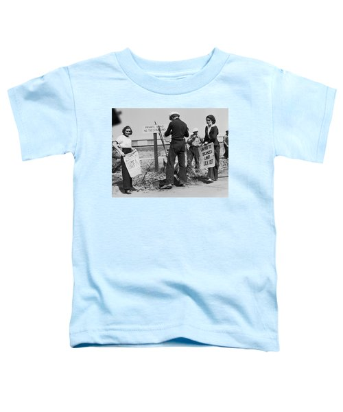 Women Pickets In Salinas Toddler T-Shirt by Underwood Archives