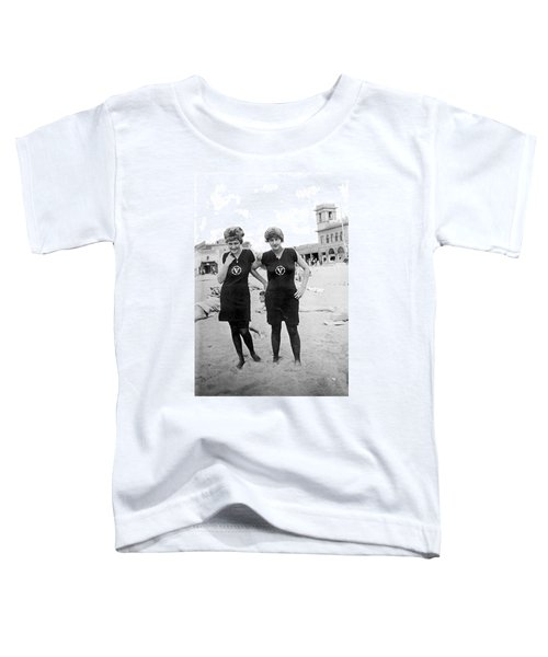 Two Girls At Venice Beach Toddler T-Shirt by Underwood Archives