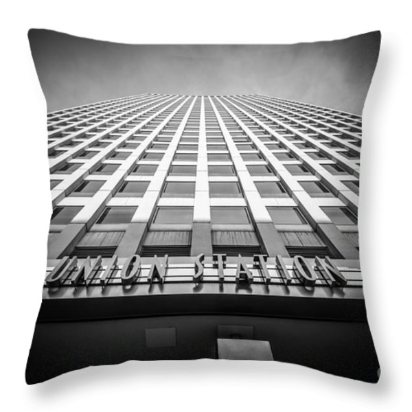 Chicago Union Station In Black And White Throw Pillow by Paul Velgos