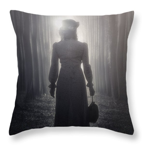 towards the light Throw Pillow by Joana Kruse