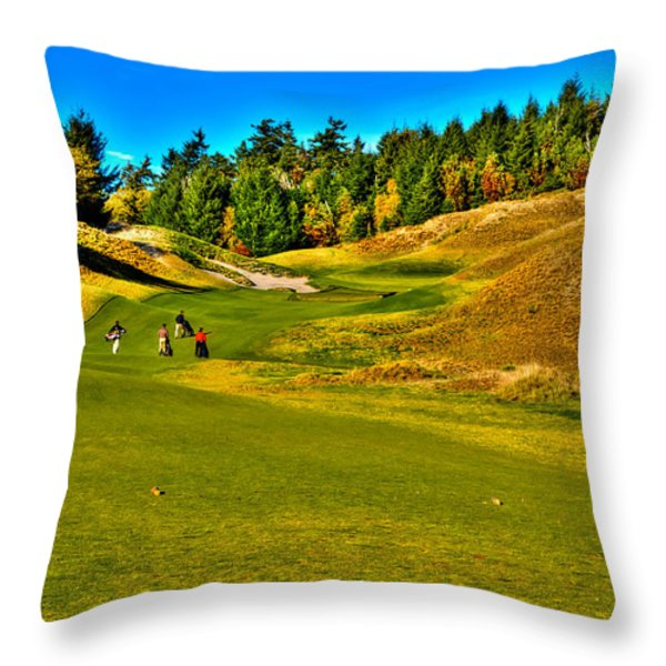 #12 at Chambers Bay Golf Course - Location of the 2015 U.S. Open Tournament Throw Pillow by David Patterson