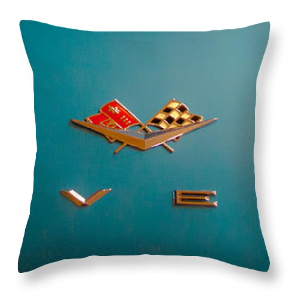 1961 Chevrolet Corvette II Throw Pillow by David Patterson
