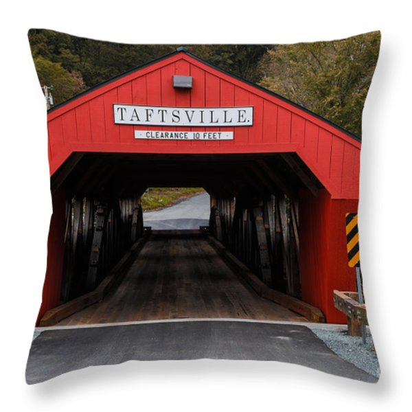 Taftsville Covered Bridge Vermont Throw Pillow by Edward Fielding