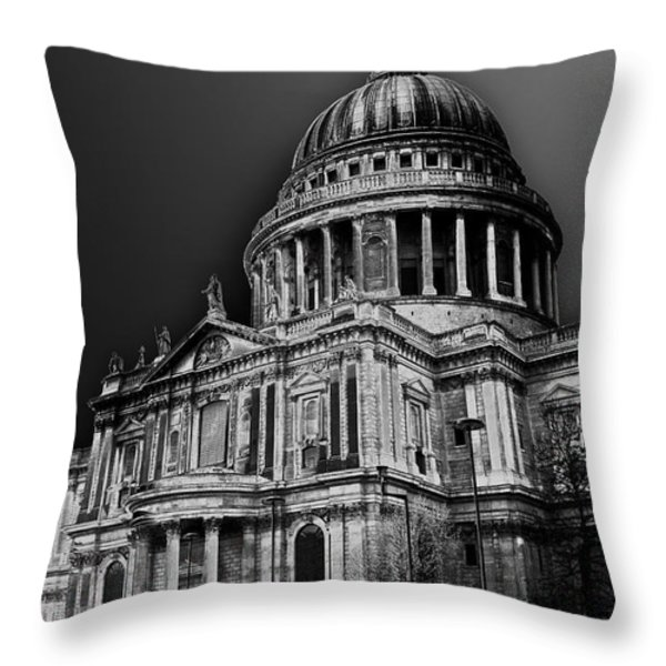 St Pauls Cathedral London Art Throw Pillow by David Pyatt