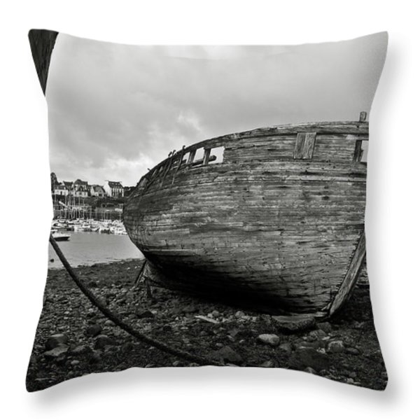 Old abandoned ships Throw Pillow by RicardMN Photography