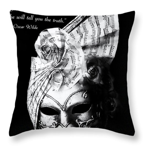A picture of a venitian mask accompanied by an Oscar Wilde quote Throw Pillow by Nila Newsom