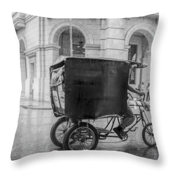 A Rainy Day In Havana Throw Pillow by Erik Brede