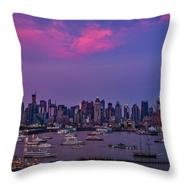 A Spectacular New York City Evening Throw Pillow by Susan Candelario