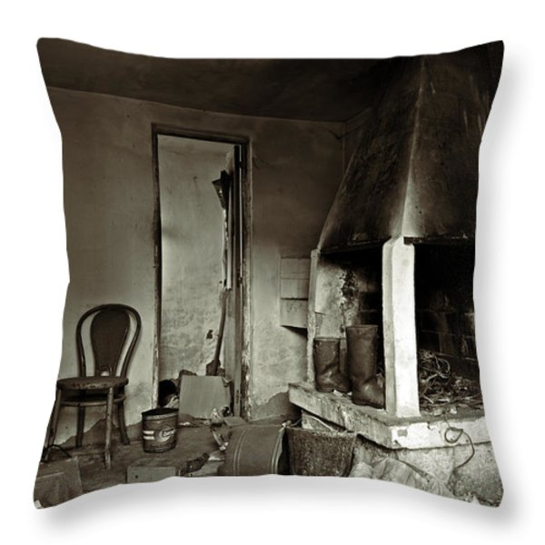 Abandoned in a rush Throw Pillow by RicardMN Photography