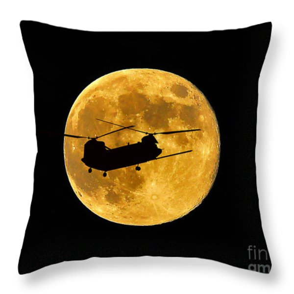 Chinook Moon Color Throw Pillow by Al Powell Photography USA