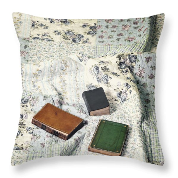 comfy reading time Throw Pillow by Joana Kruse