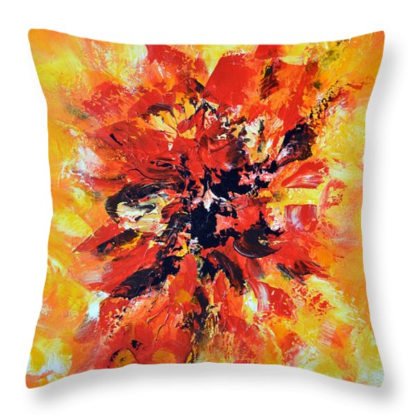 Declaration d'amour Throw Pillow by Isabelle Vobmann
