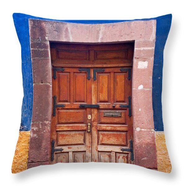 Door In Blue And Yellow Wall Throw Pillow by Oscar Gutierrez