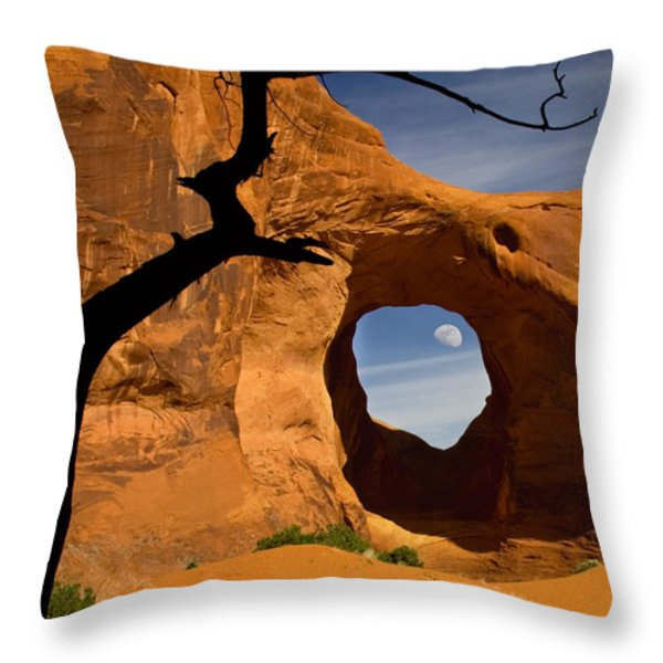 Ear Of The Wind Throw Pillow by Susan Candelario