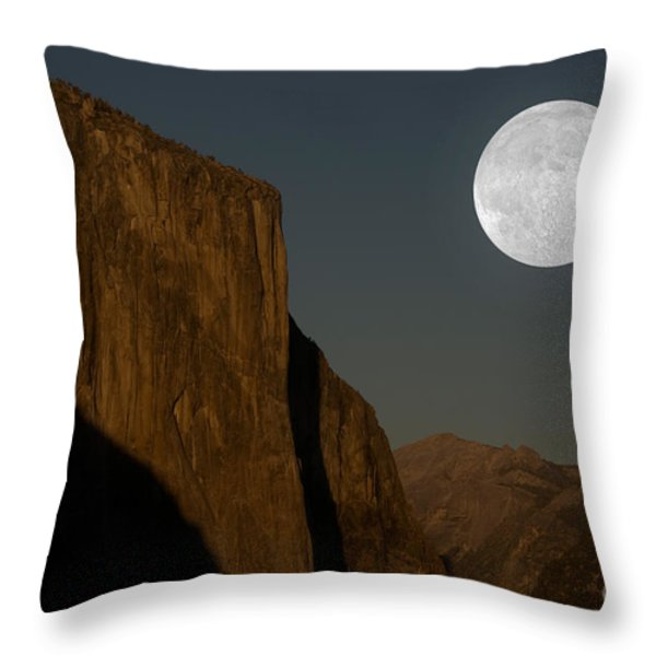 El Capitan And Half Dome Throw Pillow by Mark Newman