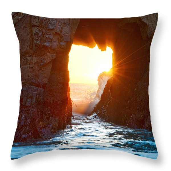 Fireburst - Arch Rock In Pfeiffer Beach In Big Sur. Throw Pillow by Jamie Pham