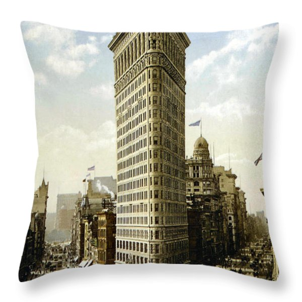Flat Iron Building New York 1903 Throw Pillow by Unknown