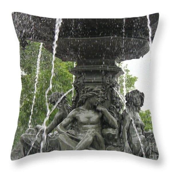 Fontaine De Tourny Throw Pillow by Lingfai Leung