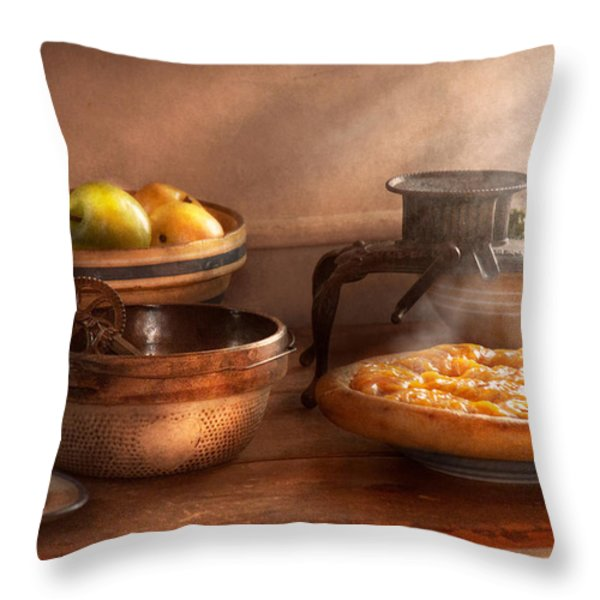 Food - Pie - Mama's peach pie Throw Pillow by Mike Savad