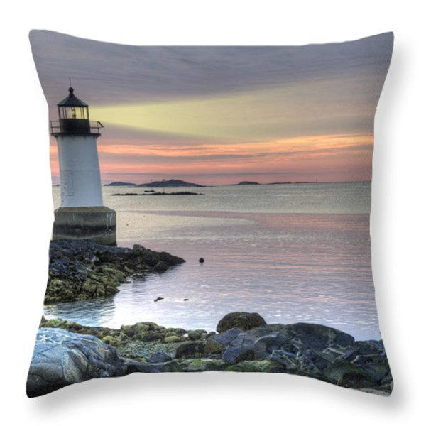 Fort Pickering Lighthouse At Sunrise Throw Pillow by Juli Scalzi