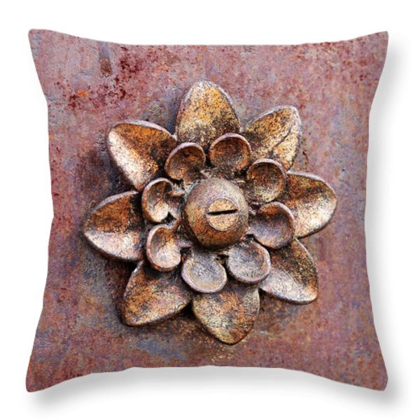 Found Art In New York City Throw Pillow by Rona Black