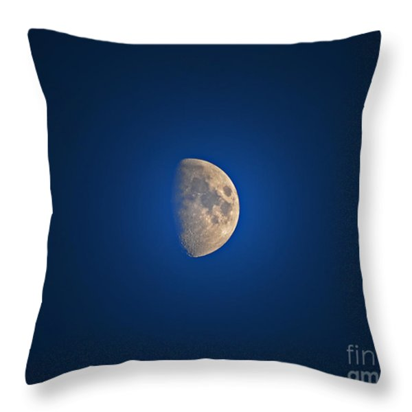 Glowing Gibbous Throw Pillow by Al Powell Photography USA