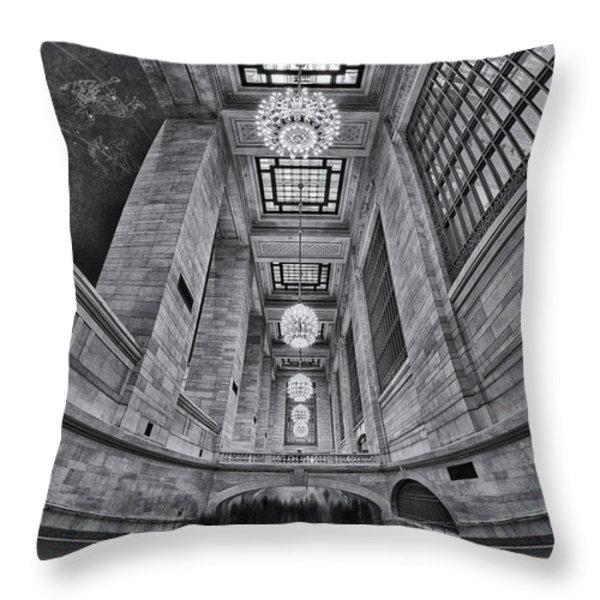 Grand Central Corridor Bw Throw Pillow by Susan Candelario
