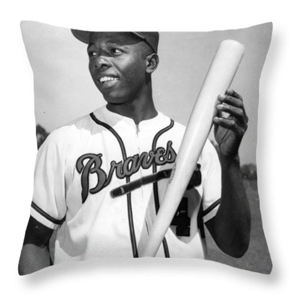 Hank Aaron Poster Throw Pillow by Gianfranco Weiss