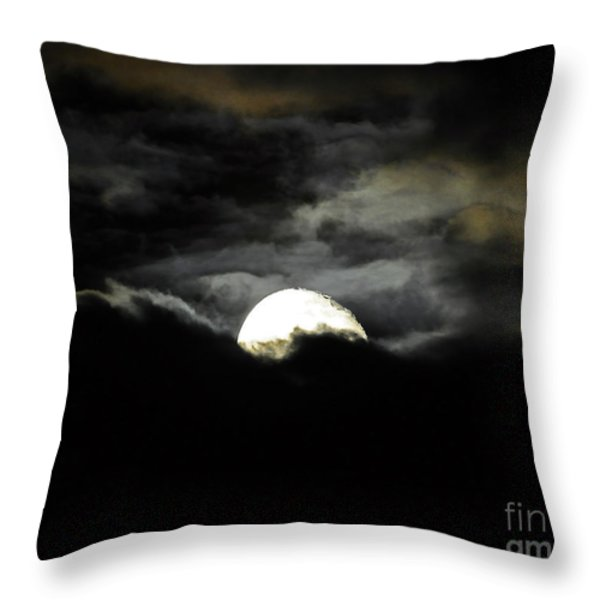 Haunting Horizon 02 Throw Pillow by Al Powell Photography USA