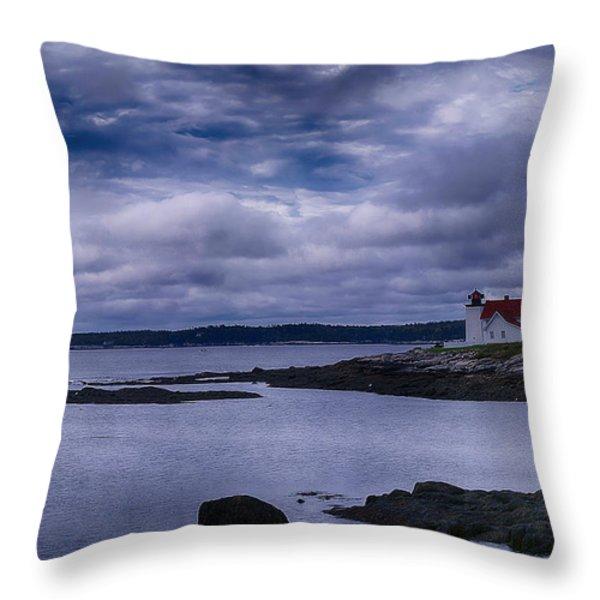 Hendricks Head Light Throw Pillow by Jeff Folger