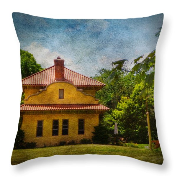 High View Railway Station Ny Throw Pillow by Pamela Phelps