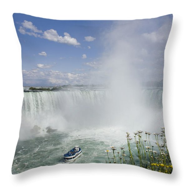 Horseshoe Falls With Maid Of The Mist Throw Pillow by Peter Mintz