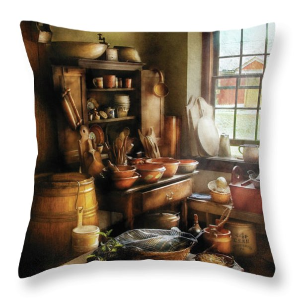 Kitchen - Nothing like home cooking Throw Pillow by Mike Savad