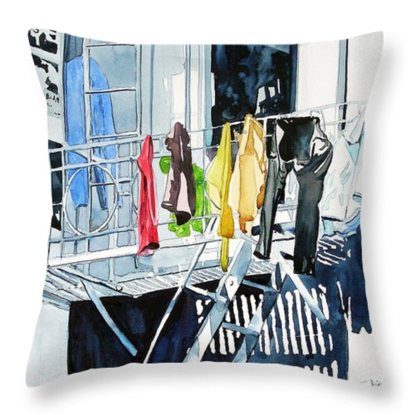 Laundry Day In San Francisco Throw Pillow by Tom Riggs