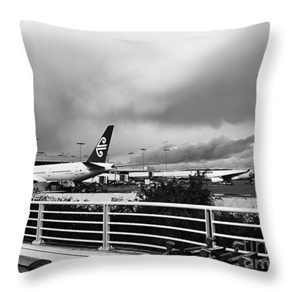 The Smell Of Hawaii Throw Pillow by Fei A