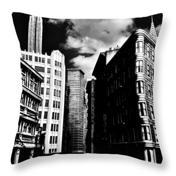 Manhattan Highlights B W Throw Pillow by Benjamin Yeager